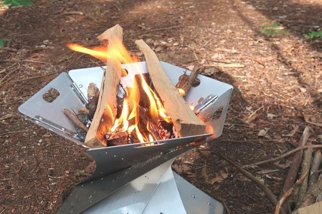 松ぼっくりを着火剤の代用使い方
