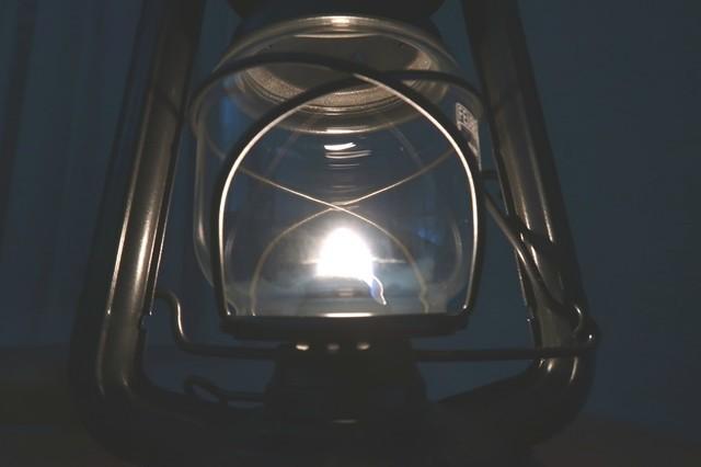 >ランタンの光