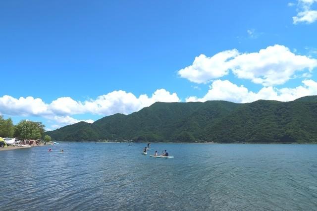 富士五湖西湖周辺の様子