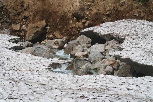 石転びの出合周辺スノーブリッジ