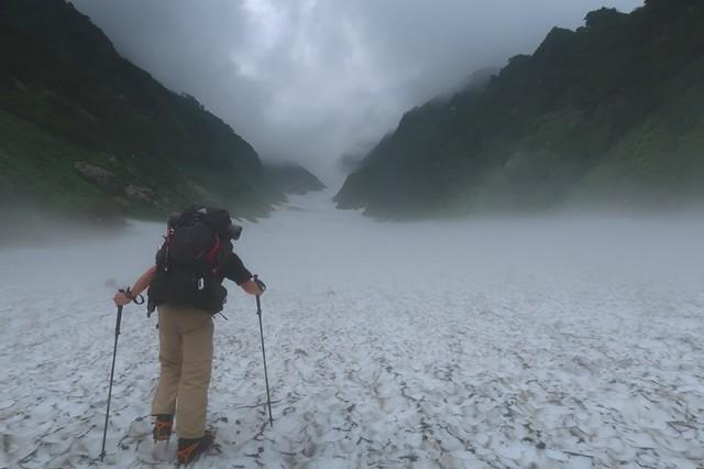 石転び沢雪渓ルートの傾斜