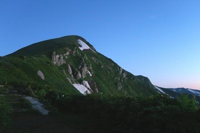 朝の北股岳