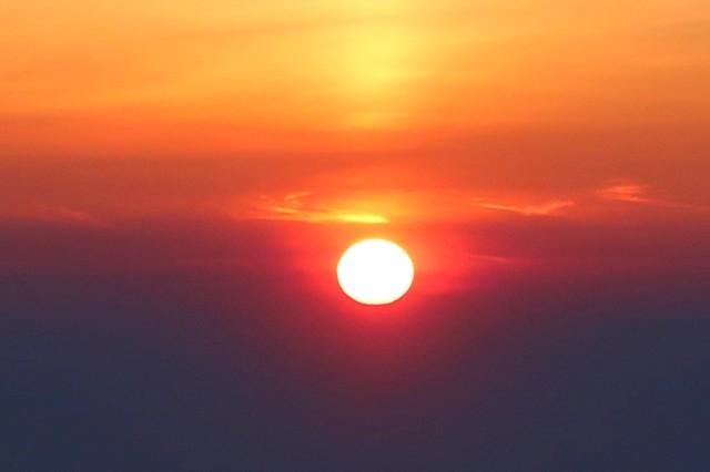飯豊連峰の夜明け
