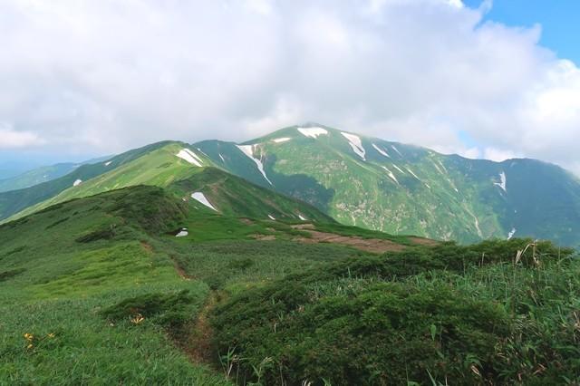 雲が増えてきまた大日岳
