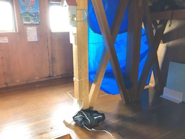 御西小屋の宿泊スペース