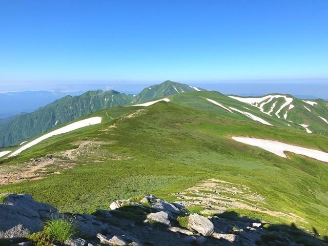 天気が良い飯豊山の登山