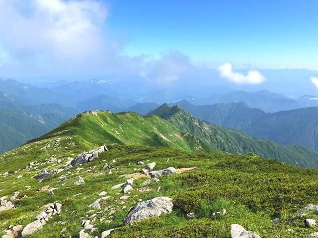 ダイグラ尾根宝珠山