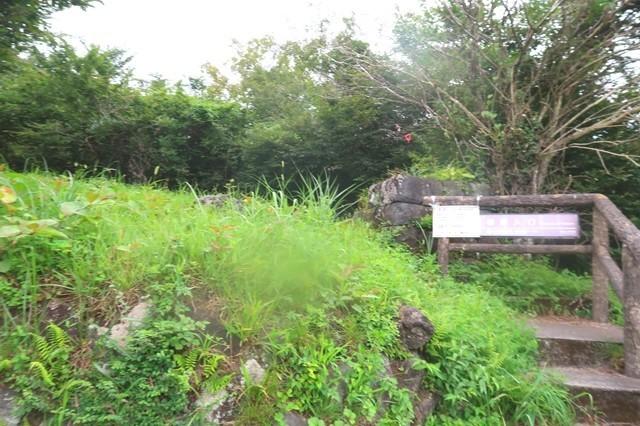 が県境バス停と割石峠への入口付近の詳細