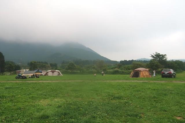 ふもとっぱらキャンプ場とサイトレビュー