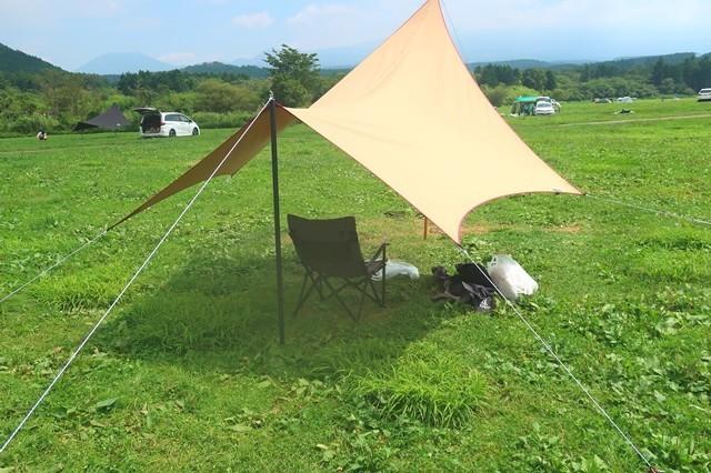 タープでキャンプを満喫