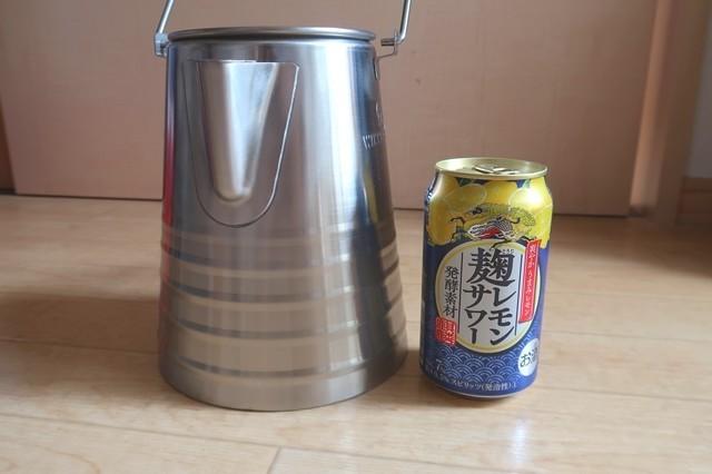350mlの缶と大きさの比較