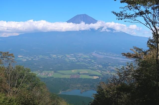 長者ヶ岳からの田貫湖・富士山の景色