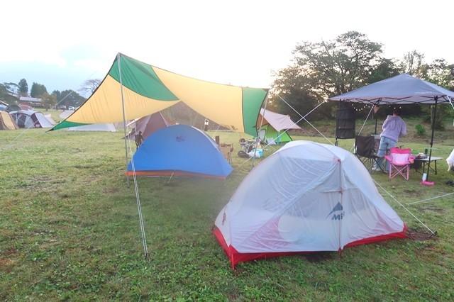 キャンプに使ったテントとタープ