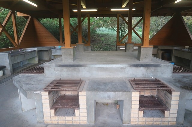 炊事場と水場の様子