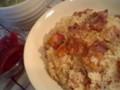 ベーコンのリゾットとたまごスープ。それと赤玉葱の甘酢漬け。