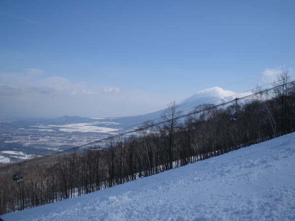 安比から見た岩手山