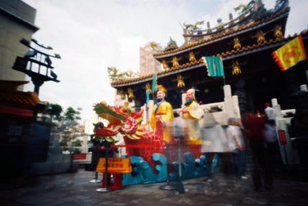 極彩色の関帝廟