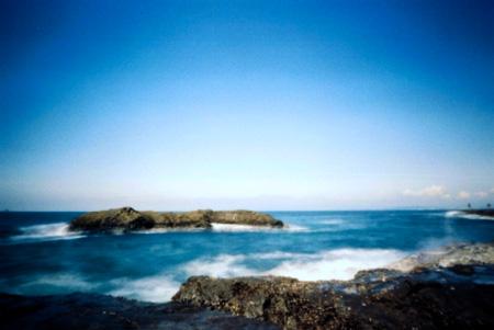 波かぶる畳岩