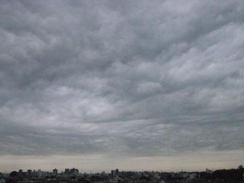 Gr Ne 個別 2007 11 2の空 落ちそうな曇り の写真 画像 動画 aoyami 39 s fotolife