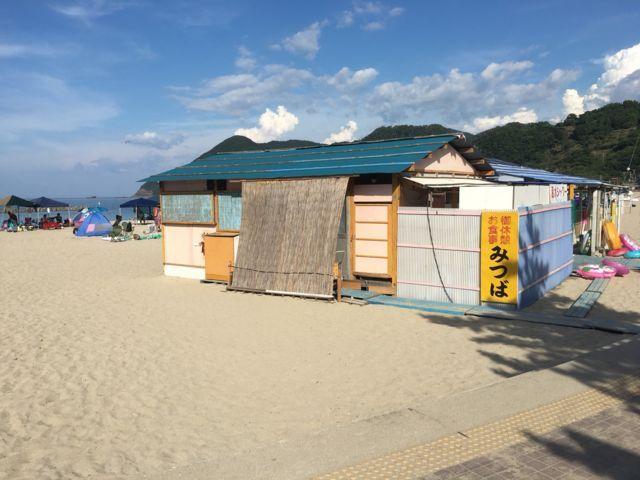 竹野浜海水浴場にある海の家