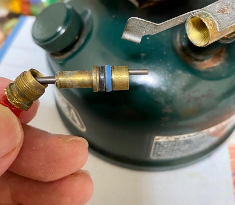 コールマン燃料漏れパッキン交換方法