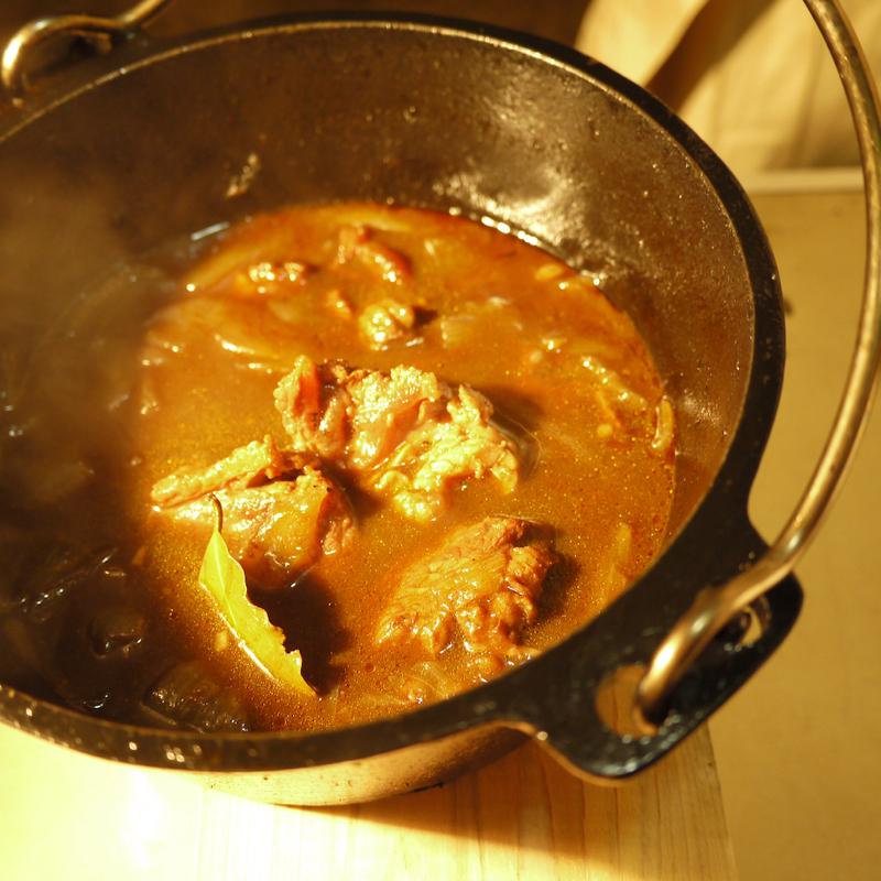 ダッチオーブン トマト煮込みレシピ