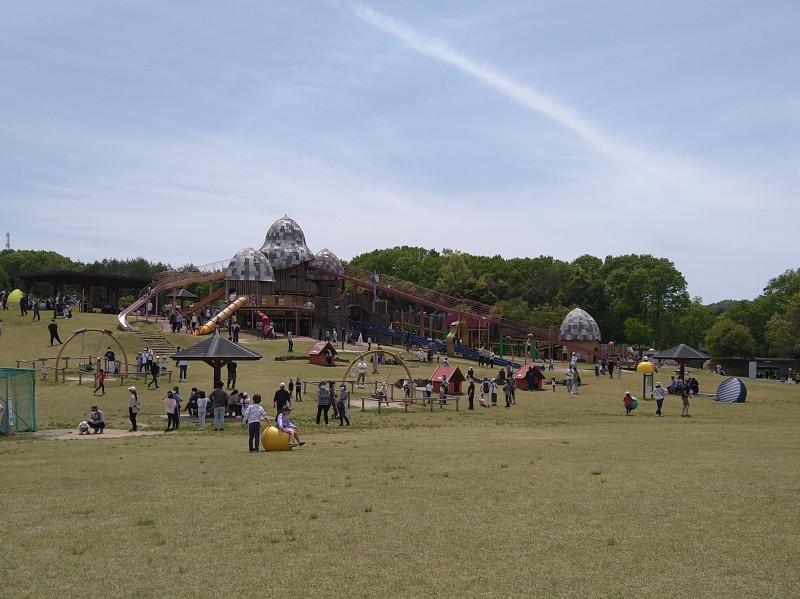 きゅうの丘(巨大遊具)