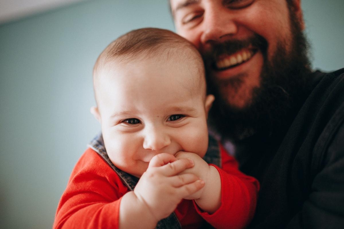 男の子、赤ちゃん、笑う