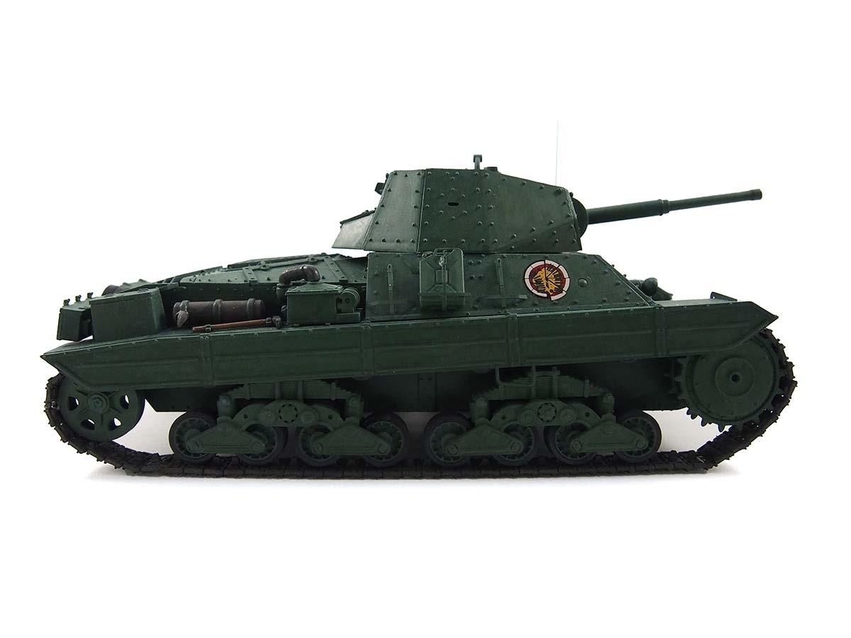 P40型重戦車/アンツィオ高校 塗装済み完成写真 右