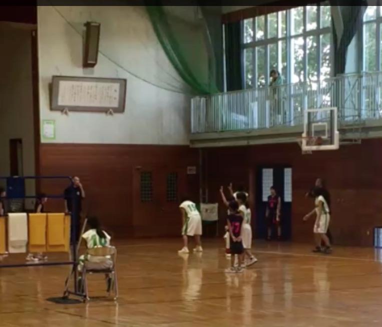 ミニバス練習試合の風景