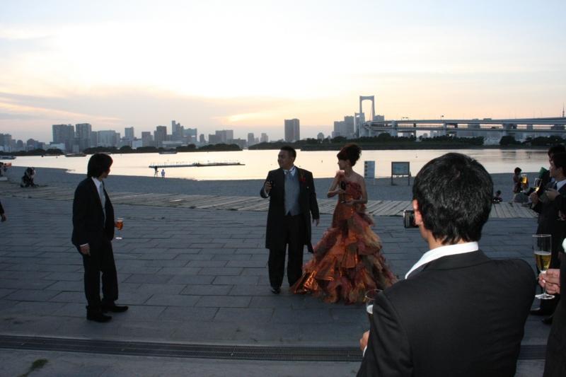 [2次会][090905][日航東京結婚式後][フロックコートの下は]