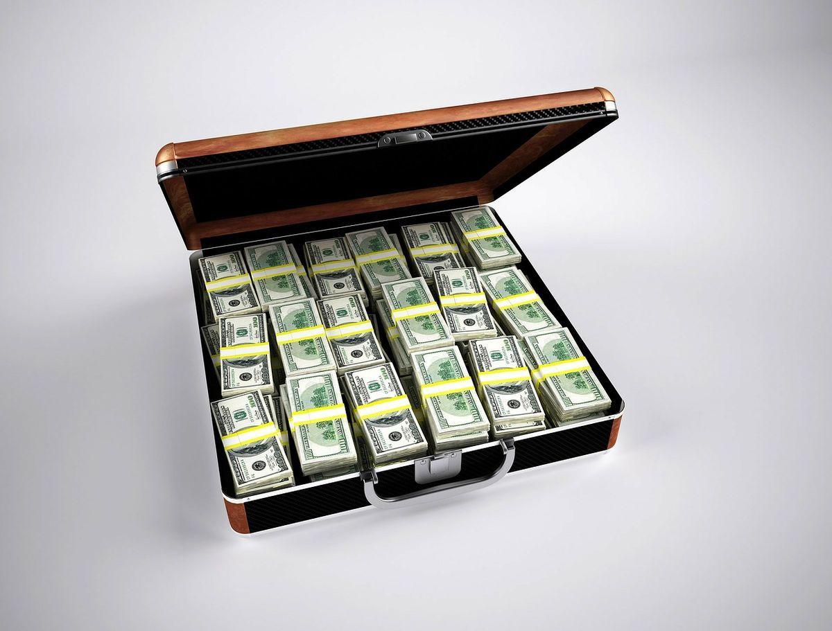 お金が入ったらやるべき4つのこと