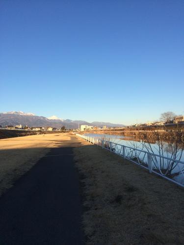 河川敷 川