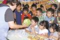 サマースクール夕食準備(秋田県秋田市の楽しい幼稚園 新屋幼稚園)