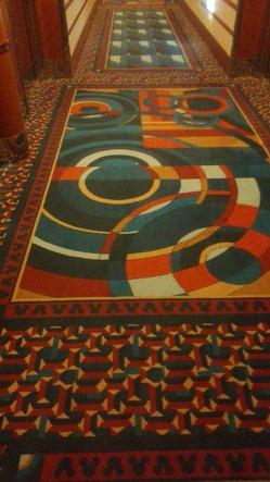 アンバサダーフロアの廊下絨毯