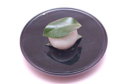 塩野 椿餅