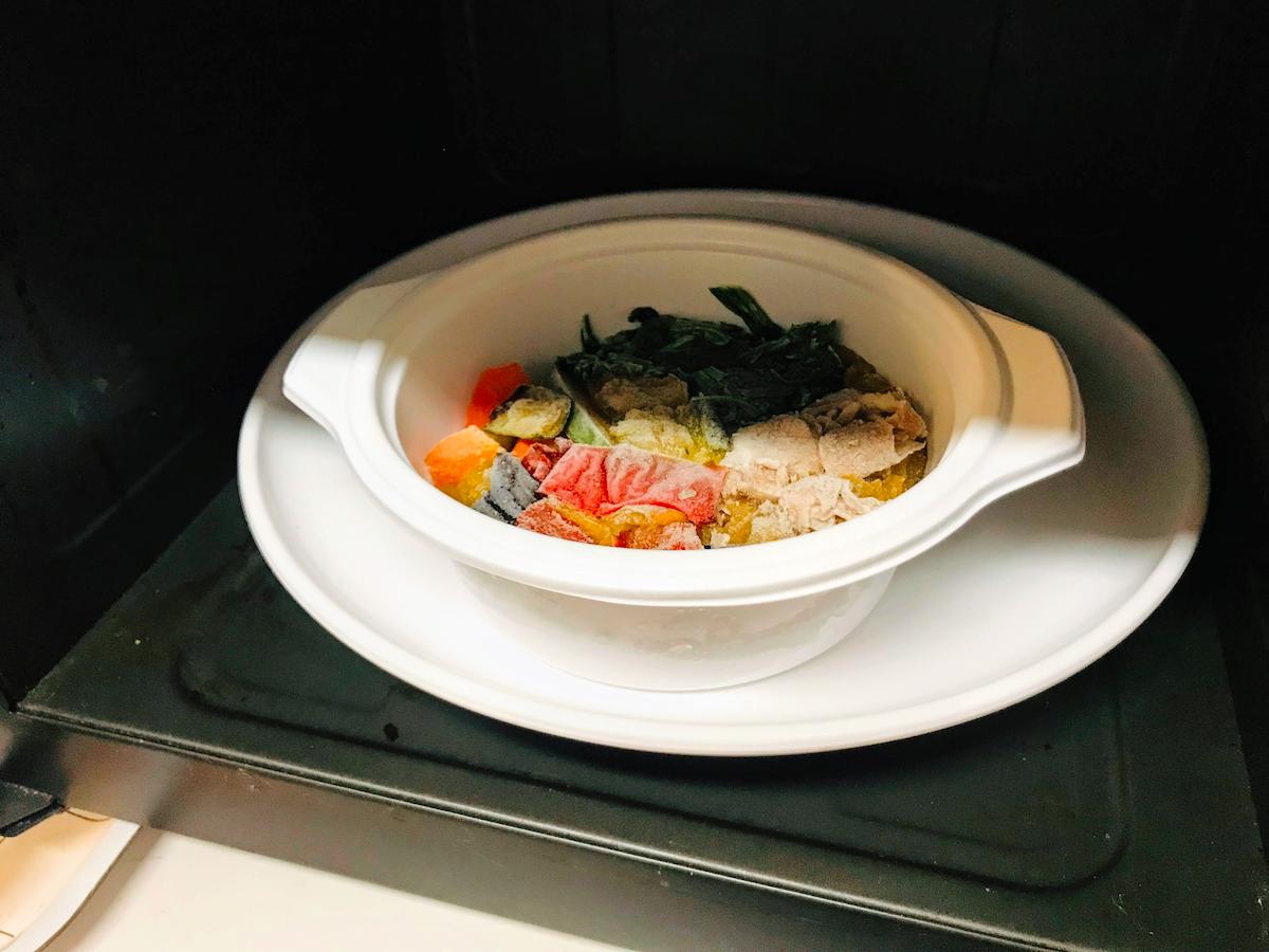 野菜を楽しむスープ食カレー電子レンジ