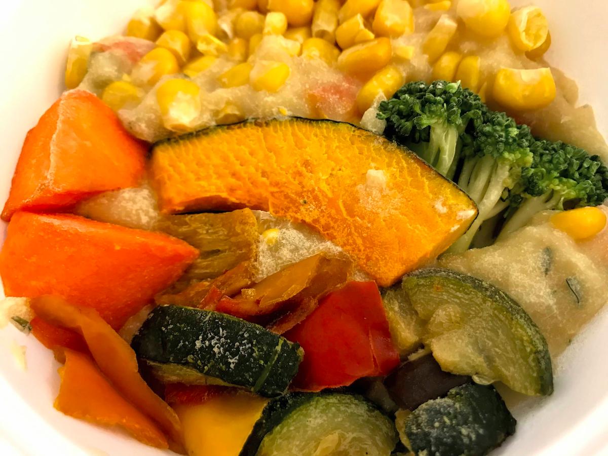 野菜を楽しむスープ食冷凍状態表面
