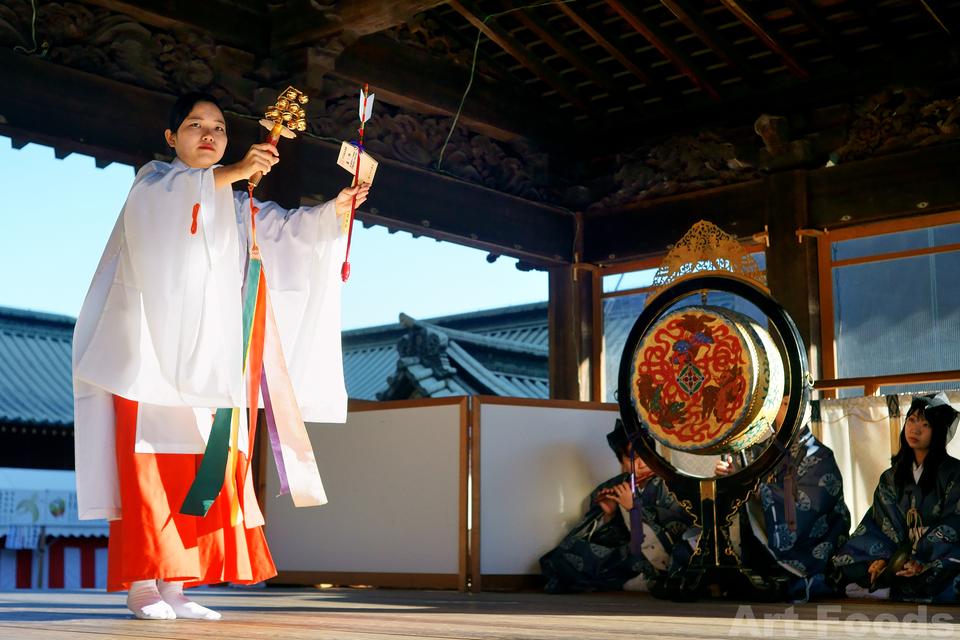 巫女の舞とお祓い@静岡浅間神社_190103