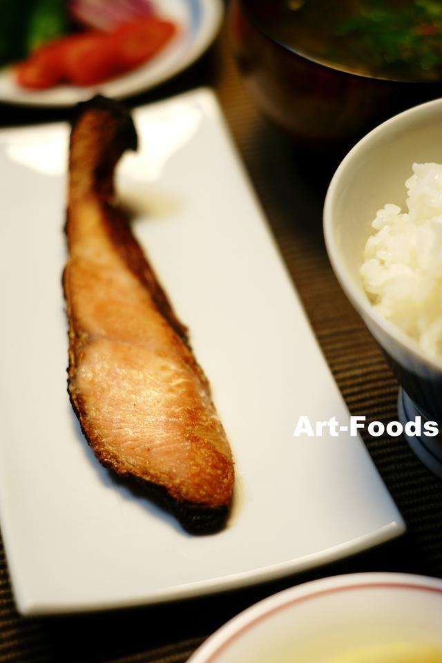 塩引き鮭の朝食_181230