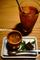 三十小箱膳の水菓子と飲み物_200813