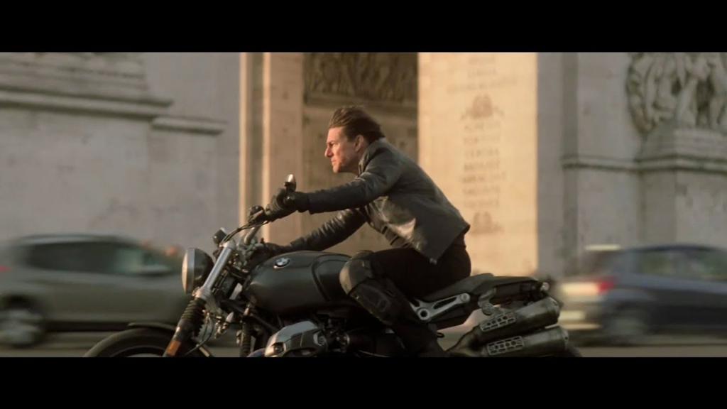 バイクチェイス