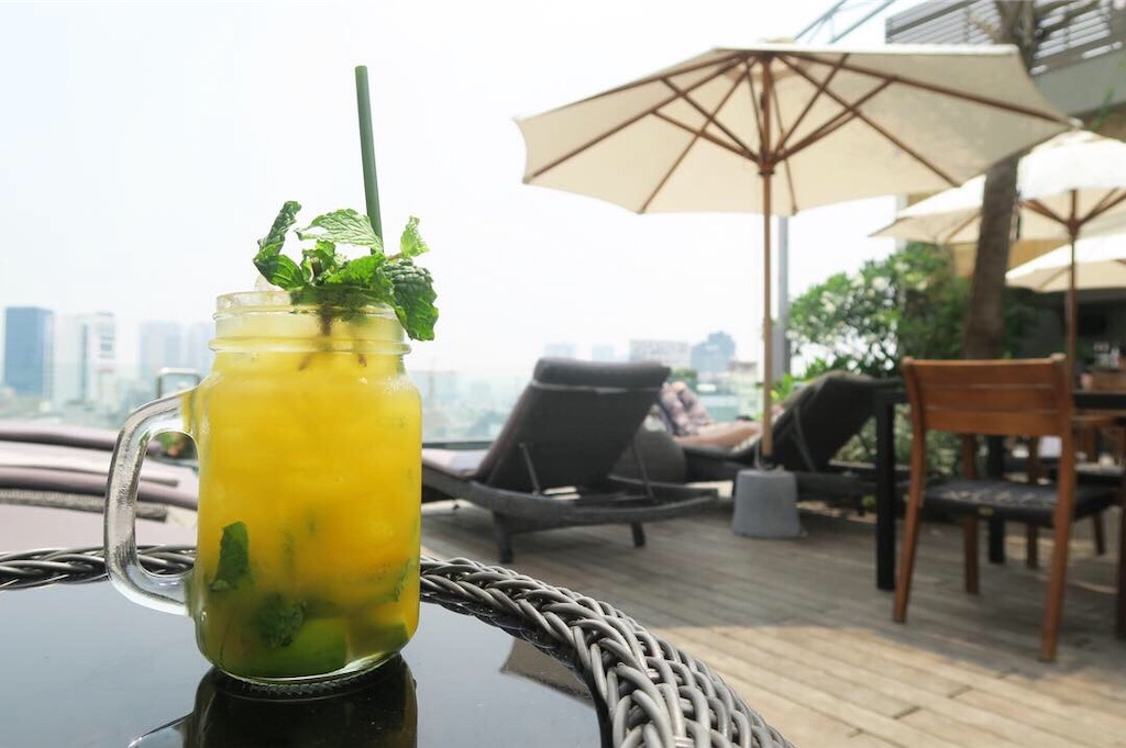 Alagon Zen Hotel & Spa Rooftop Bar