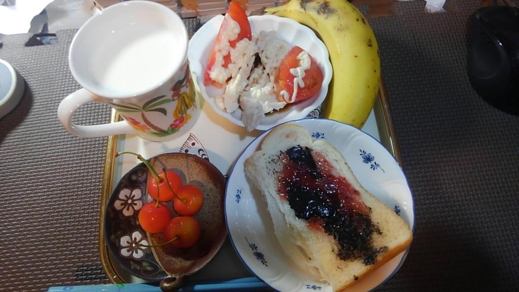 ヤマザキのダブルソフトで朝食