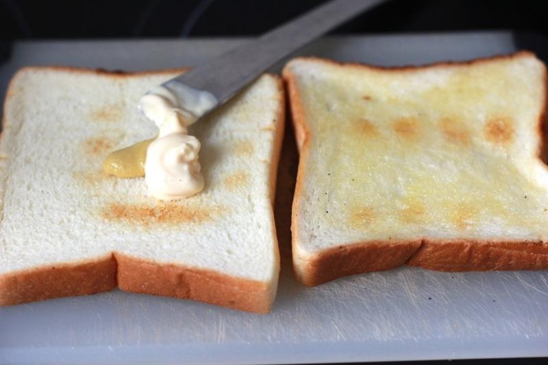 家でサンドイッチ_パン