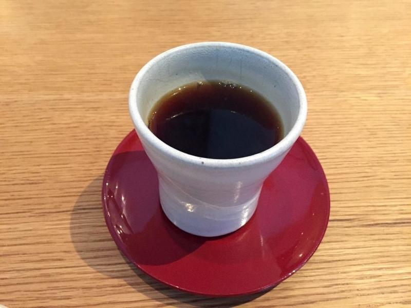 ラ・ボンヌ・ターブル_コーヒー