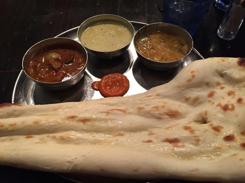 ダバ・インディア 3色カレー