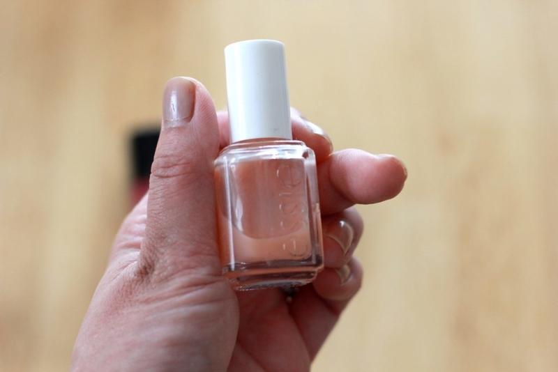 essie 545 pink glove service
