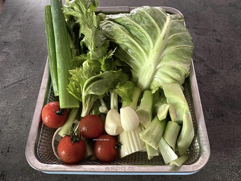野菜くずで野菜だし