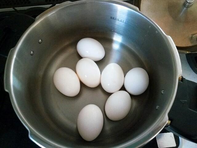 ゆで 卵 鍋 圧力